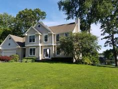 10 best waterfront homes for sale images find property homes for rh pinterest com