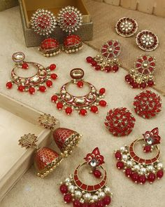 Buy Ultra Pretty Ethnic Earrings Online Now Bridal Jewellery Inspiration, Indian Bridal Jewelry Sets, Indian Jewelry Earrings, Jewelry Design Earrings, Gold Earrings Designs, Antique Jewellery Designs, Fancy Jewellery, Stylish Jewelry, Buy Jewellery Online