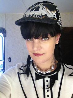 'Abby's #Sherlock hat from tonight's new #NCIS via Pauley's twitpic