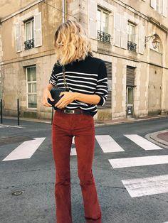 Depuis le temps que je cherchais le parfait pantalon en velours cotelé ... Je voulais une couleur automnale genre camel ou bordeaux et c...