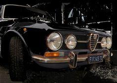 'Alfa+Romeo+1750+GT+Veloce+in+black'+von+Arthur+Huber+bei+artflakes.com+als+Poster+oder+Kunstdruck+$20.79