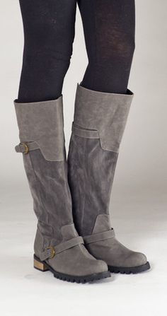 Cri de Coeur - Rugged Flat Buckle Boot - Gray #vegan