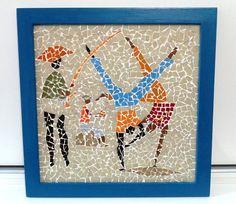 MOSAICO (Releitura de uma tela do pintor CARIBÉ), A PEÇA PODE FUNCIONAR COMO QUADRO DE PAREDE OU BANDEJA