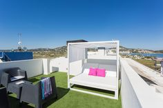 TASOS APARTMENT | 50m2 solarium and a chill-out area to relax and enjoy Ibiza's unique sunsets (or any other time of day). #ibizaluxury #ilx  #ibiza