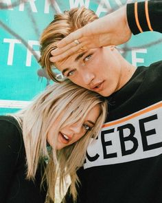 Lucky Blue Smith, Siblings Goals, Cute Couples Goals, Couple Goals, Sister Pictures, Cute Couple Pictures, Boy And Girl Best Friends, Cute Friends, Friend Poses
