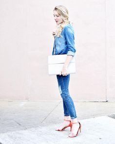 break up your denim on denim with a pop of coral + neutral bag 👌🏻 welcome to weekend wear 👖 @liketoknow.it www.liketk.it/2k684 #liketkit #bostonblogger #darlingweekend