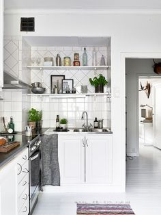 1000 images about dise o de cocinas on pinterest madrid - Decoracion de interiores pequenos ...