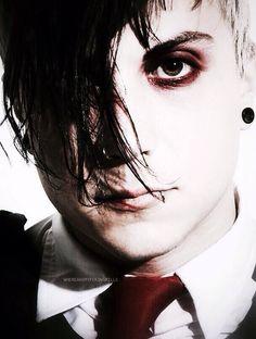 My Chemical Romance ~ Frank Iero<<<< I love the Parade era but the red eye make-up is my favorite thing. Emo Bands, Music Bands, My Chemical Romance, Frank Lero, Ray Toro, Mikey Way, Bob Bryar, Black Parade, Gerard Way