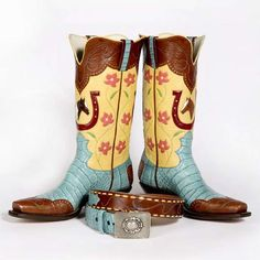 Custom boots and belt by Lisa Sorrell