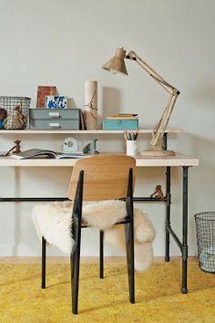 inspiring esby: DIY industrial desk