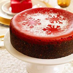 red velvet cheesecake---LOVE the powder sugar snowflakes
