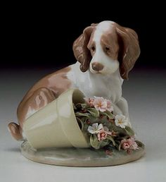 LLADRO - IT WASN'T ME!  Issue Year:   1998    Retirement Year:   2000    Sculptor:   Antonio Ramos  COLLECTORS SOCIETY
