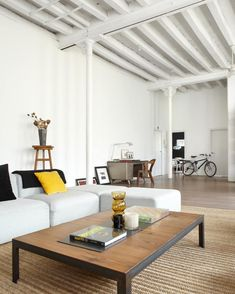 New York Style Loft In Barcelona By Shoot 115 (8) Gelb, Inneneinrichtung,