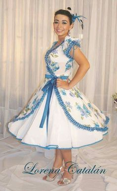 vestidos huasa 50s Dresses, Dance Dresses, Cute Dresses, Vintage Dresses, Dance Outfits, Kids Outfits, Square Skirt, Full Skirts, Dress Patterns