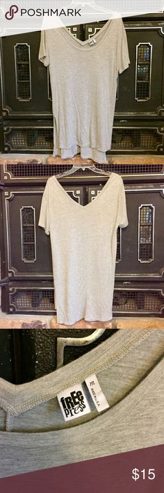 "Oversized split hem tunic tee Wonderful spring layering piece! Scoop neck front and a V in the back, high low with side slits. Front length is 30.5"" and back length is 33"". An oversized medium or a casual large fit, worn and washed once.  :) Free Press Tops Tunics"