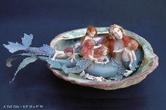 exqiusite work by Stephanie Blythe - http://www.stephanieblythe.com/miniatures01.html#