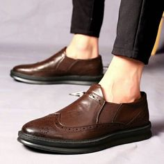US $30 New Arrival Mens Casual Luxury Brand Flats Genuine Leather Formal Dress Wedding Brogues Shoes Zapatos Hombre Wingtip Shoes