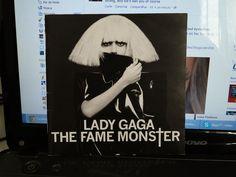 """Antes de eu comprar esse CD Lady Gaga era só mais uma cantora pop como todas as outras, talvez até menos. Lembro-me que eu estava andando à toa na Cultura, e me deparei com essa capa, com essa foto. Eu não consegui largar o CD, simplesmente. Eu ainda nem tinha ouvido todas as músicas! Eu mal acompanhava a carreira dela. E foi aí que tudo começou! Em Novembro de 2009, quando """"sem querer"""" paguei $39.90 nesse CD, que é duplo!"""