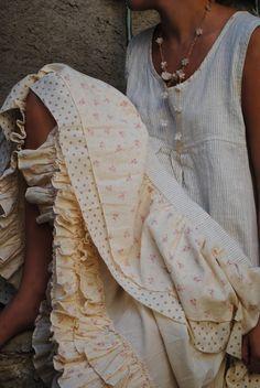 Summer linen frilly dress by: umla:)