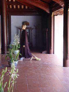 Temple in Huê, Vietnam Vietnam History, Balanced Life, Pilgrims, Central Coast, World Of Color, Vietnam Travel, Water Lilies, Southeast Asia, Cambodia