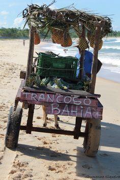 Localizada na Vila do Outeiro, está a 5min de 3 praias: Espelho, Amores e Outeiro. Possui 7 suítes amplas, claras e arejadas, ar condicionado, TV, internet e fr #pousada #Brisasdoespelho #praia #Trancoso