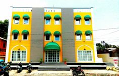 Andaman and Nicobar Islands Hotel Diviyum Manor-Port Blair India, Asia Stop at Hotel Diviyum Manor-Port Blair to discover the wonders of Andaman and Nicobar Islands. Offering a variety of facilities and services, the hotel provides all you need for a good night's sleep. Service-minded staff will welcome and guide you at the Hotel Diviyum Manor-Port Blair. Guestrooms are designed to provide an optimal level of comfort with welcoming decor and some offering convenient amenities ...