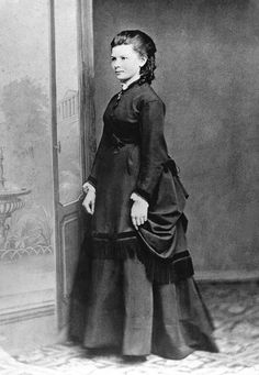 vintage everyday: Bertha Benz – 12 Rare Vintage Photos of This World's Automotive Female Pioneer in the late Century
