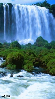 GIF waterfall and earth. Beautiful World, Beautiful Places, Beautiful Pictures, Beautiful Waterfalls, Beautiful Landscapes, Beau Gif, Foto Gif, Science And Nature, Nature Nature
