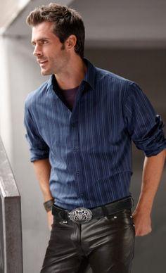 dutch men in leather pants - Bing images Mens Leather Trousers, Men's Leather, Leather Fashion, Mens Fashion, Slim Fit Pants, Fashion Pants, Men Casual, Mens Tops, Hot Guys