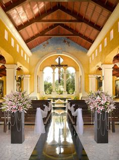 Romantic and intimate chapel in Riviera Maya, a great choice for a catholic celebration surrounded by gorgeous views #WeddingsByPalladium #WeddingChapel