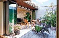 ヘーベルハウス|アウトドアリビングの新提案|旭化成ホームズ Surf Room, Rooftop Design, Outdoor Living, Outdoor Decor, Terrace Garden, Apartment Design, Interior Architecture, House Plans, Sweet Home