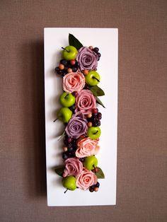 Junko O ; La tapisserie de la fleur.