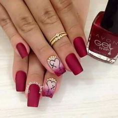 ThereBeauty 4 Trends of Nails Beauty in 2020 French nails style, back to the nails, make life more fun;Natural nails, best just natural. Fabulous Nails, Gorgeous Nails, Pretty Nails, Oval Nails, Toe Nails, Acrylic Nails Coffin Glitter, Valentine Nail Art, Wedding Nails Design, Crazy Nails