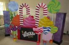 Party Props - Charlie  the Chocolate Factory/Willy Wonka - Very Large
