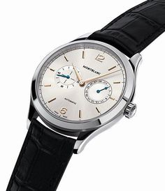 Montblanc Heritage Chronométrie Date by Hand - angle