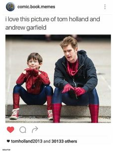 Tom liked this on insta / GEEKERY // tom holland // andrew garfield // spiderman // marvel Funny Marvel Memes, Marvel Jokes, Dc Memes, Marvel Dc Comics, Marvel Avengers, Avengers Shirt, Marvel News, Avengers Memes, Funny Tom