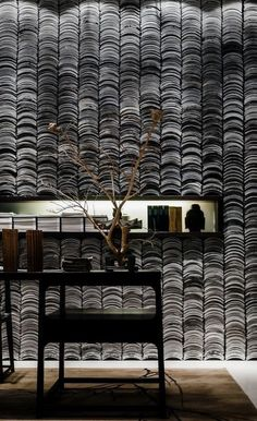 Inspiration for Mix and Match Traditional Wall with Modern Interior – The Urban Interior Inspiration für Mix and Match traditionelle Wand mit modernem Interieur Interior Chino, Interior Walls, Interior Shop, Chinese Architecture, Interior Architecture, Wall Design, House Design, Asian Interior, Modern Chinese Interior