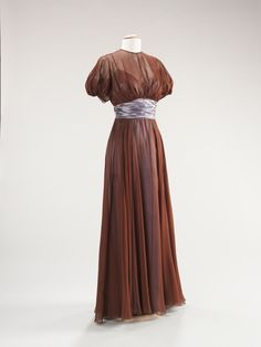 Elizabeth Hawes ensemble ca. 1942 via The Costume Institute of the Metropolitan Museum of Art