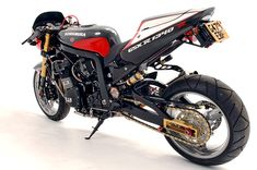For most of the bikes we feature here, performance is relative. (There's even the odd replica Grimeca drum brake.) There's no true answer to 'how much is too much', but in the streetfighter world, you can never have too much. Most streetfighters leave me cold,… Read more »