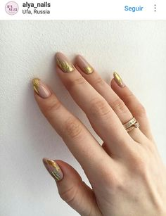57 New Ideas Wedding Nails Shellac Gold Art Ideas Foil Nail Art, Foil Nails, Bridal Nails, Wedding Nails, Gorgeous Nails, Pretty Nails, Nail Polish Designs, Nail Designs, Fall Wedding Shoes