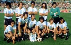 1974 Argentina; Bargas, Wolff, Sa, Ayala, Carnevali, Balbuena; Brindisi; Perfumo; Kempes, Babington y Heredia.