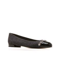 QUILTLEGACY: Flats : Shoes | Stuart Weitzman