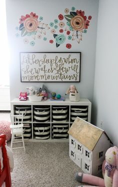 A Room That Feels Like Her Own- with LexMod and UrbanWalls | .
