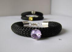 Bracelet corde tressee noir et strass swaroski