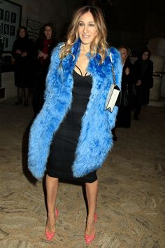 A Carrie comeback! Sarah Jessica Parker pays homage to her Sex and the City days in black bustier dress and furry blue coat Black Bustier, Bustier Dress, Celebrity Dresses, Celebrity Style, Celebrity Photos, Sarah Jessica Parker Shoes, Garance, City Outfits, Evolution Of Fashion