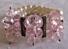 VINTAGE ESTATE DOUBLE STRAND FAUX PEARL/PINK CLUSTER BEADS STRETCH BRACELET