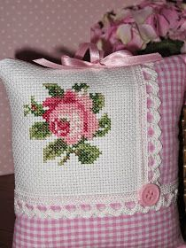 Hand Embroidery Dress, Ribbon Embroidery, Cross Stitch Embroidery, Embroidery Patterns, Cross Stitch Flowers, Simple Cross Stitch, Cross Stitch Designs, Cross Stitch Patterns, Diy Pillows
