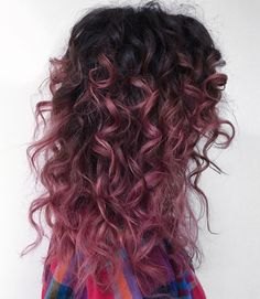 Pink-Red with Yellow Highlights - 20 Cool Styles with Bright Red Hair Color (Updated for - The Trending Hairstyle Ombre Curly Hair, Best Ombre Hair, Colored Curly Hair, Curly Hair Styles, Curly Balayage Hair, Balayage Brunette, Hair Color Highlights, Ombre Hair Color, Hair Color For Black Hair