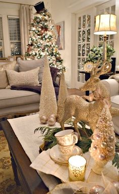 Christmas Home Tour - Merry and Bright Hello everyone. I hope you are all having the happiest of holiday season. Today, I am extra excited because I am opening the doors to our home t… Rose Gold Christmas Decorations, Christmas Table Centerpieces, Holiday Decor, Halloween Decorations, Farmhouse Christmas Decor, Rustic Christmas, Christmas Home, Christmas Mantels, Christmas Tree Top Ideas