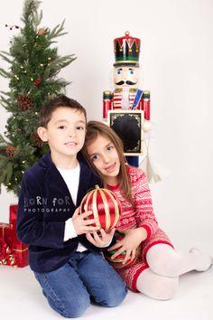 Born For Photography: Christmas sibling photography